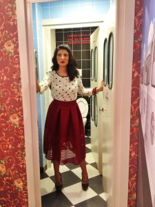 Nina: Top with stars,Red midi skater skirt -Imperial/ Dolls Boutique